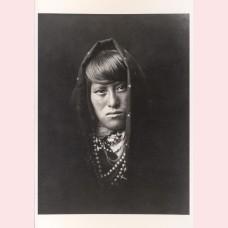 An Acoma woman